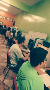 alumnos examinándose en Bolaños de Calatrava (C. Real)