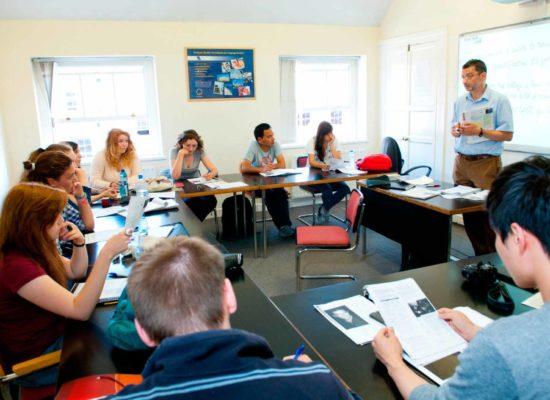 Ya hemos comenzado las clases para niños y jóvenes y muy pronto comenzaremos con los adultos